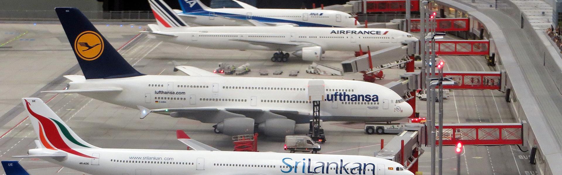 Darstellung Flughafenterminal außen